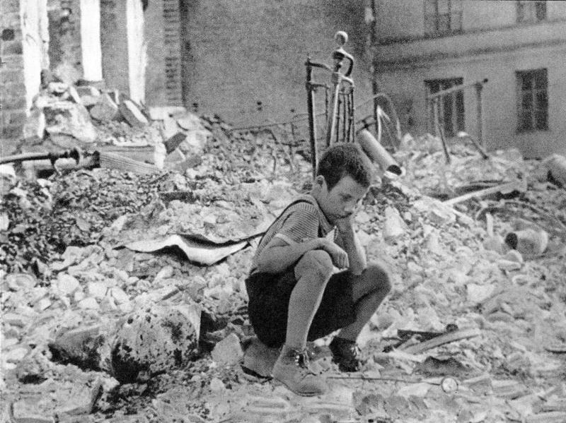 22-zniszczenie-miasta-wrzesie-1939-r.png