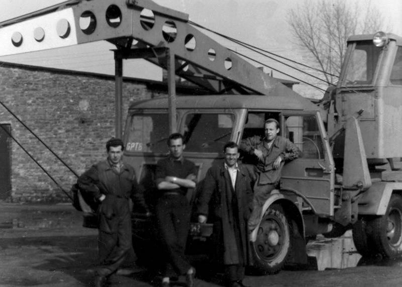 w-bazie-nr-2-na-sandomierskiej-1956-r.png