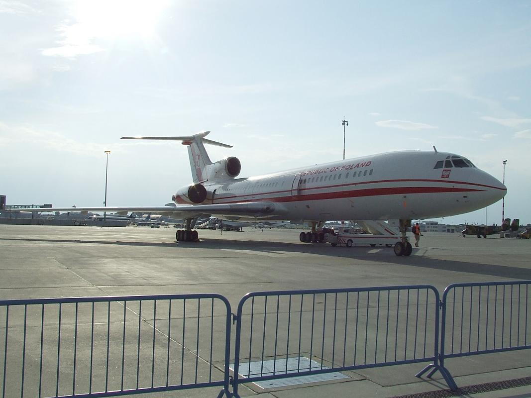 pl_tu-154m_goverment_plane.png